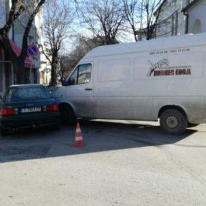 Възстановиха движението на кръстовището в центъра на Шумен