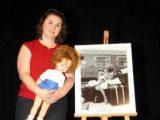 Емоционална среща след 30 години – момиченцето с куклата на Капъ куле и фотографът!