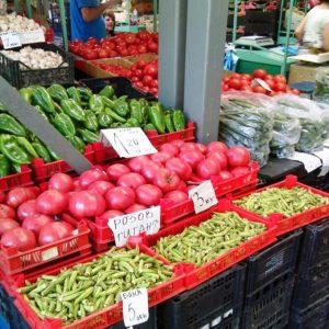 Здравният министър с нова заповед за кооперативните пазари и земеделските стопани