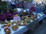 Кюфтета от охлюви, цвекло и орехи събраха десетки на фестивал в Драгоево