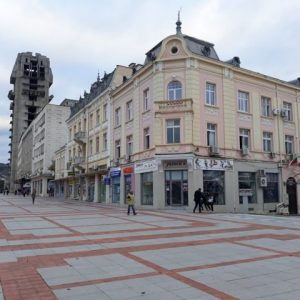 Лек спад на преките чужди инвестиции в Шуменско през 2019 година