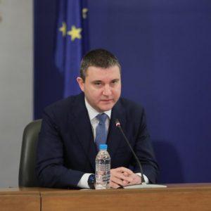 Министър Горанов: Нито аз, нито правителството ще подадем оставка