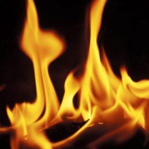 Печка на твърдо гориво предизвика пожар в Сливак