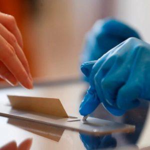 Решено: Карантинираните ще гласуват в подвижни кутии