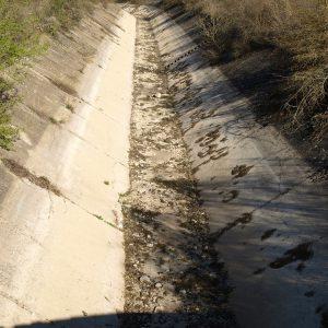 След 30 години разруха: Ремонтират спешно едва 8 км. от напоителния канал
