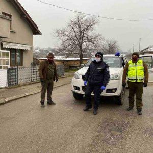 Служители от ДГС се включиха в проверките на лица поставени под карантина