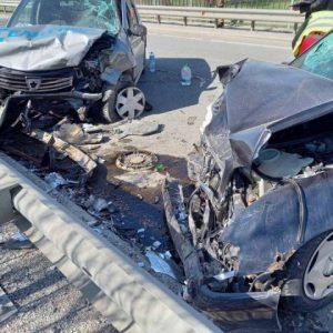 Четирима са пострадали при тежката катастрофа край Струйно
