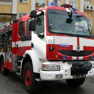 Шуменски пожарникари спасиха от опожаряване дома на 87-годишна жена