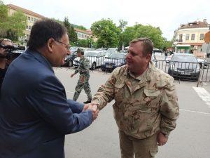 Каракачанов от Шумен: Нашата политика е да създаваме и възстановяваме военните паметници