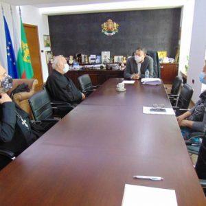 Кметът Любомир Христов призова за стриктно спазване на мерките по време на великденските празници