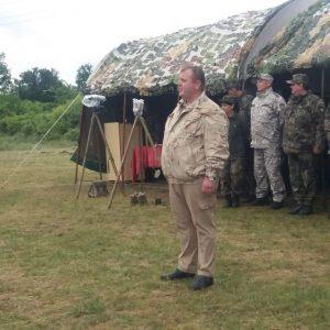Министър Каракачанов: В Българската армия влизат хора с висок дух