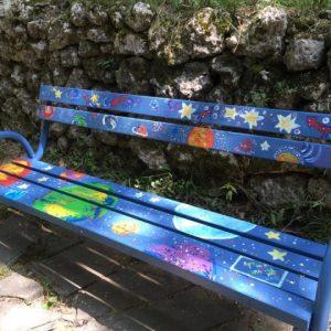С четки и бои младежи в Шумен се изправиха срещу вандализма